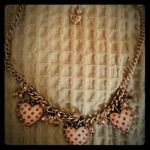 🎀 Betsey Johnson necklace